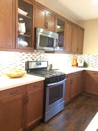 kitchen colors with medium brown cabinets light brown kitchen cabinet colors page 1 line 17qq