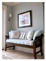 tips and tricks for choosing the perfect paint color entry bench
