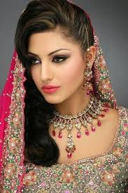 60 Best Indian Bridal Makeup Tips For Your Wedding Hairstyles For Indian Wedding U2013 20 Showy Bridal Hairstyles