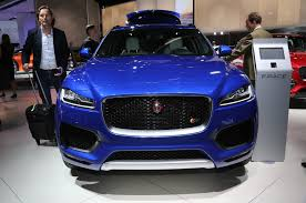 jaguar jeep 6 reasons to wait for the 2017 jaguar f pace