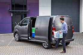 peugeot van peugeot expert awarded top van accolade
