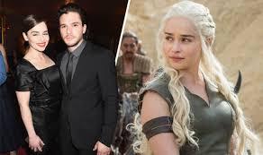 Twist By Clarke Amp Clarke Game Of Thrones U0027 Emilia Clarke Is Paid More Than Kit Harington