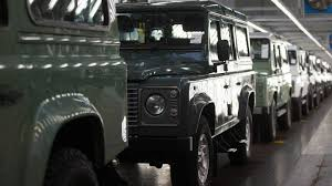 land rover britains land rover defender could stick around in spirit thanks to a