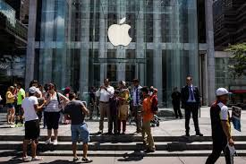 paris apple store apple is overhauling hundreds of stores to try to create the