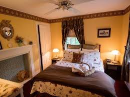 Bed And Breakfast Bar Harbor Maine Rooms U0026 Rates Coach Stop Inn Bed And Breakfast Bar Harbor Maine