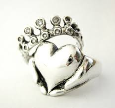 claddagh ring story claddagh ring meaning marifarthing claddagh wedding ring