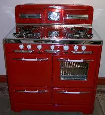 Antique Red Kitchen Cabinets by Best 20 Red Kitchen Appliances Ideas On Pinterest Red