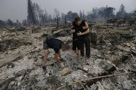 Wildfire Bc Hotline by Deadly California Wildfires Force Thousands To Evacuate Am 880
