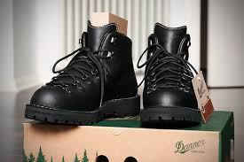 danner mountain light amazon fs danner mountain light ii boots page 1 james bond memorabilia