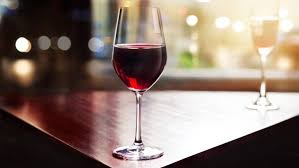 wine glasses wine winner a simple guide to wine glasses food and drink the