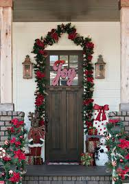 Christmas Decorations For Outside Front Door by 904 Best Decorating For Christmas Images On Pinterest Christmas