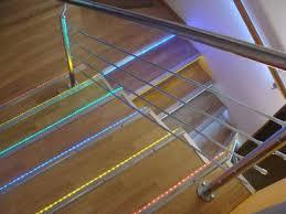led treppe treppenlicht zeitschalter treppenbeleuchtung led lichtleisten