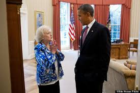 President Obama In The Oval Office Betty White Meets With Barack Obama In Oval Office Photo Huffpost