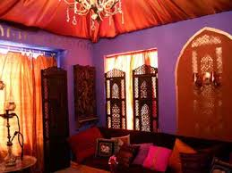 Moroccan Room Decor Moroccan Bedroom Decorating Light And Purple Colors