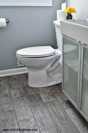 Wallpaper That Looks Like Wood by Gray Wood Tile Bathroom 4366