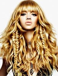 pictures cute prom hairstyles for long 2013 for women