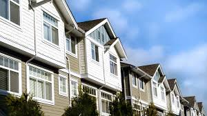 low cost apartments are property management companies worth the cost