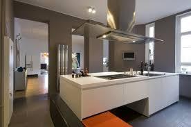 idee couleur cuisine moderne 73 idées de cuisine moderne avec îlot bar ou table à manger