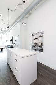 Cuisine Design Ilot Central by Relooking D U0027un Petit Loft à Toronto Par Rad Design