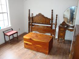 Antique Bedroom Furniture With Marble Top Antique Bedroom Furniture Bedroom Design Decorating Ideas