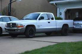 Lifted Dodge Dakota Truck - anyone have a white truck with stock black rims dakota durango