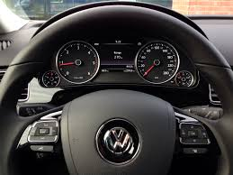 volkswagen touareg 2017 interior volkswagen touareg 3 0 tdi acceleration throttlechannel com