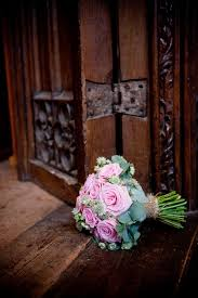 wedding flowers exeter a rustic wedding from exeter castle just beautiful the