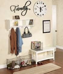 Decorative Ideas for Entryway Organization