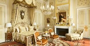 chambre antoinette suite impériale hôtel ritz 5 étoiles