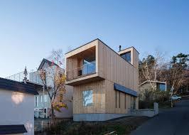 Home Design In Japan Akasaka Shinichiro Uses Timber Framework For Adaptable House