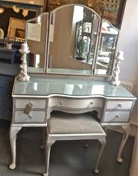 chouchou vintage queen anne dressing table and stool refurb