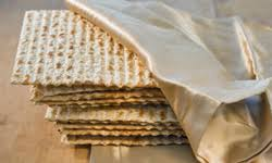 matzo unleavened bread more than matzo 10 other unleavened breads howstuffworks