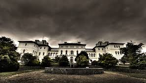 Top 10 Abandoned Places In The World Top 10 Haunted Locations Around The World Aradale Mental Hospital