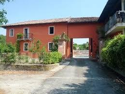 chambre d hote bourgoin jallieu affittacamere cascina monastero chambre d hôtes neive