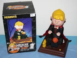 image gemmy halloween peanuts phantom schroeder playing piano
