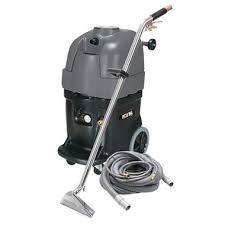Tornado Upholstery Cleaner Tornado Piranha Extractor With 20 U0027 Hose And 100 Psi Wand 13gal