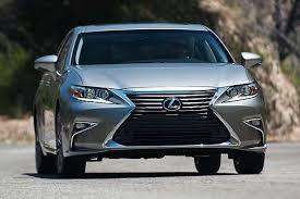 lexus es 350 hybrid review 2017 lexus es car review autotrader