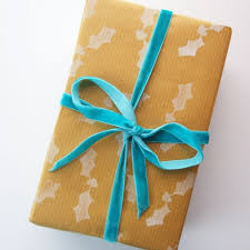 unique wrapping paper 50 creative gift wrap ideas