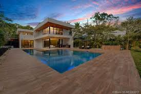 Architecture Luxury Mansions House Plans With Greenland Luxury Homes United States For Sale Prestigious Villas And