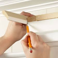 How To Install Kitchen Cabinet 25 Best Crown Molding Kitchen Ideas On Pinterest Windows