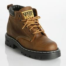 roots canada womens boots 35 best beaver canoe images on beaver canoe beavers