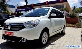 renault lodgy specifications renault lodgy india image gallery and first impressions from