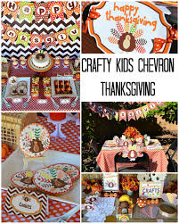 cupcake decorations for thanksgiving crafty chevron kids thanksgiving table ideas
