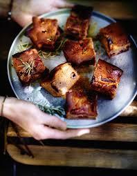 cuisiner la chataigne gâteau châtaigne figues et romarin pour 6 personnes recettes