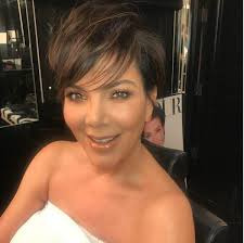 kris jenner hair colour kris jenner stuns fans as she shows off her unbelievably youthful look