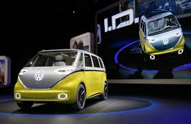 new volkswagen bus 2017 volkswagen u0027s electric ai equipped microbus will drive you into