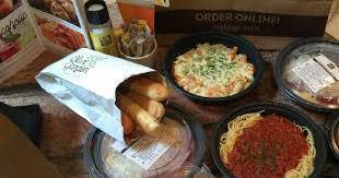 hot score two olive garden entrees soup salad 2 breadsticks for