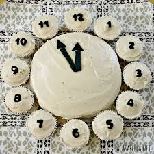 New Year S Day Decoration Ideas by Best 20 New Year U0027s Cake Ideas On Pinterest U2014no Signup Required