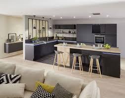 cuisine incorporé meuble cuisine avec table retractable cuisine idées de