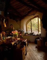 best 25 hobbit house interior ideas on hobbit houses